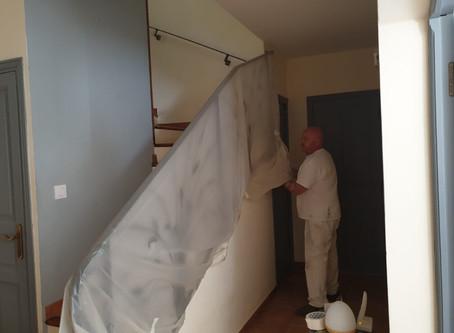 La peinture : un des services à domicile que la société À Votre Service à Salon-de-Provence propose