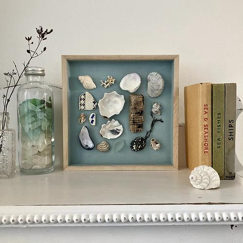 'Seagrove Bay Treasures' Coastal Frame