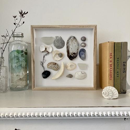 'Springvale Beach Treasures' Coastal Frame