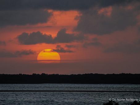 A rústica Ilha de Algodoal no Pará