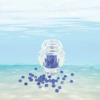 Memento Sapphire Gemstones with Frosted Glass Jar