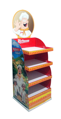 Floor Display Richeese