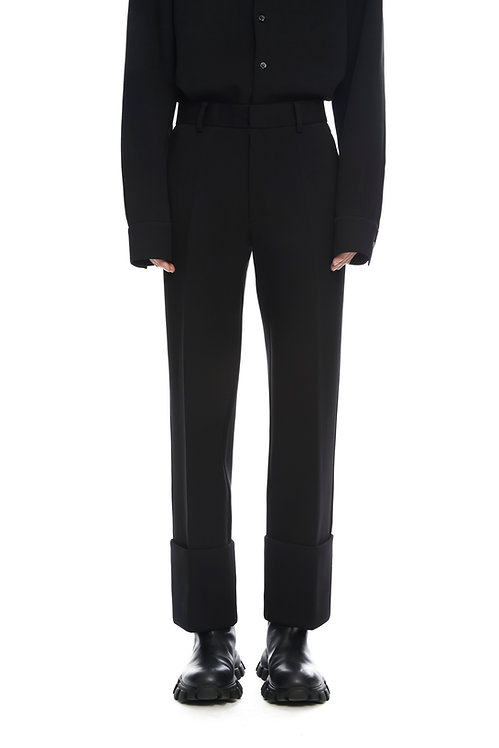Black Cropped Trousers With Fold
