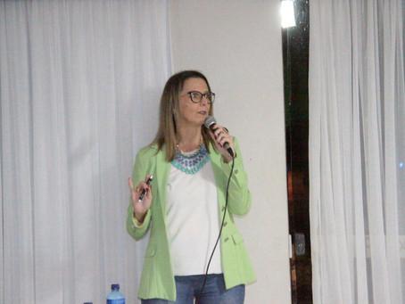 Fuchs e Florença realizam palestra sobre Marketing para médicos veterinários de SC