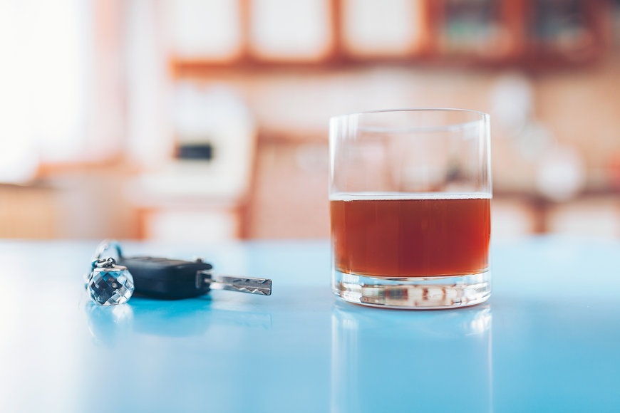 drink-driving-car-key-and-a-glass-of-liq