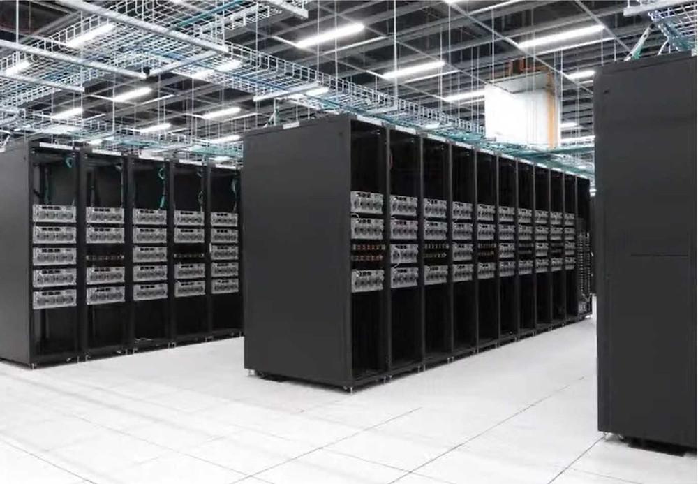 Il supercomputer di Tesla