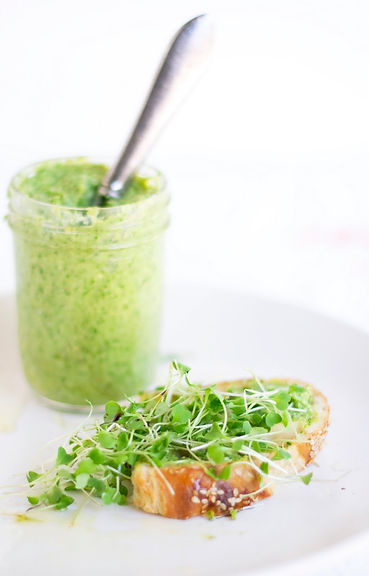 Arugula-pesto-bread.jpg