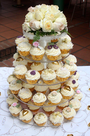 vintage themed cupcake tower for wedding