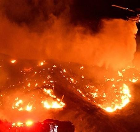 Usa, California in fiamme. Tra «socialismo» e gol politici
