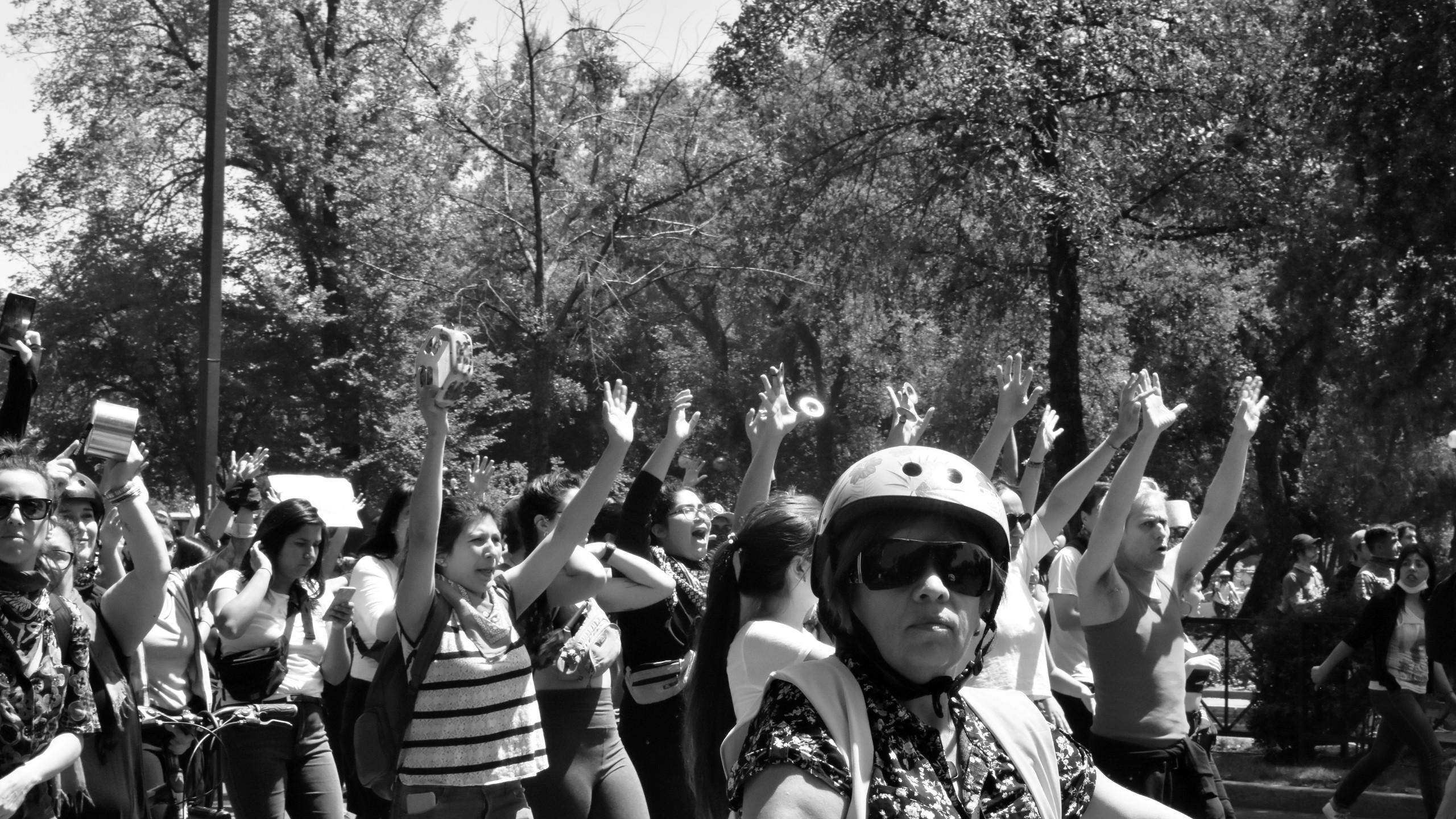 Manifestazione ad avenida Providencia