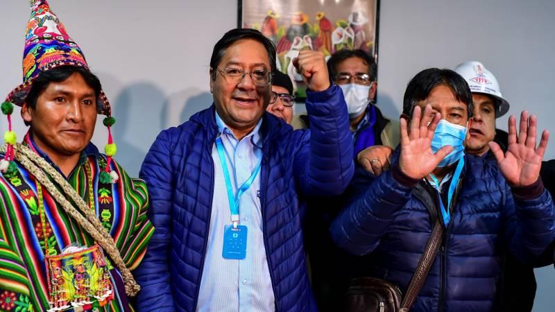 Bolivia, vince Luis Arce. Festeggia il Mas