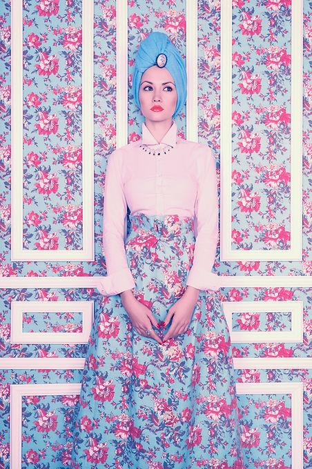 Model matching wallpaper