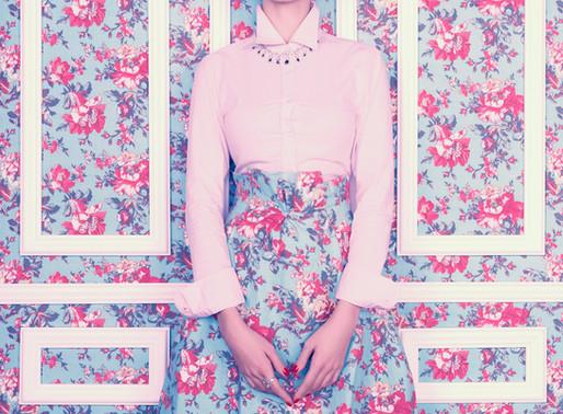 Floral print dresses: vintage and trendy