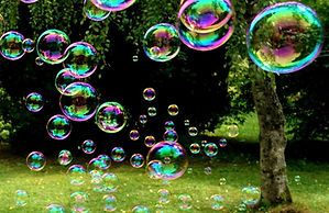 soap-bubbles-3517247_1920_edited.jpg