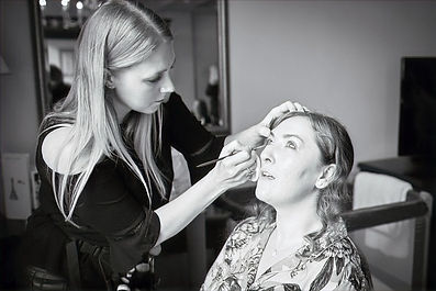 Kate-amber-june-makeup-pro-team-wiltshir