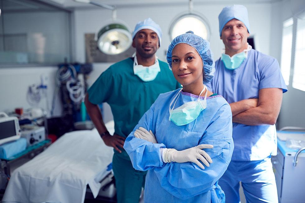 portrait-of-multi-cultural-surgical-team