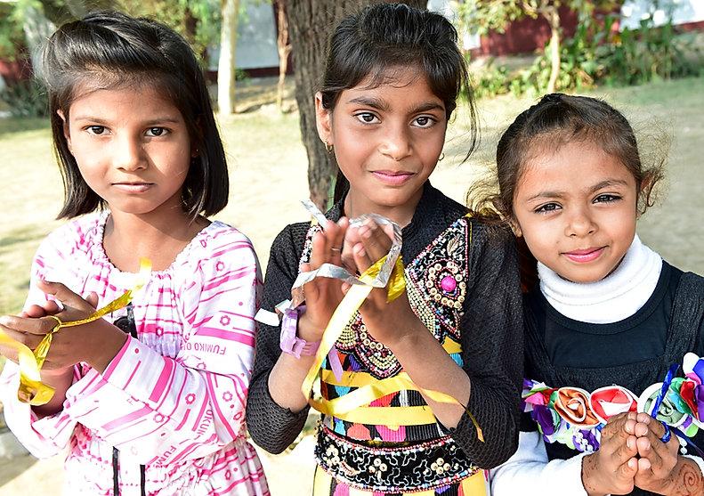 2014-11-19---martinpur_0149---three-girl