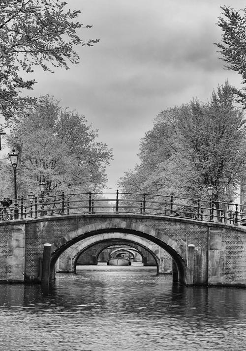 """ Seven Bridges. Amsterdam """