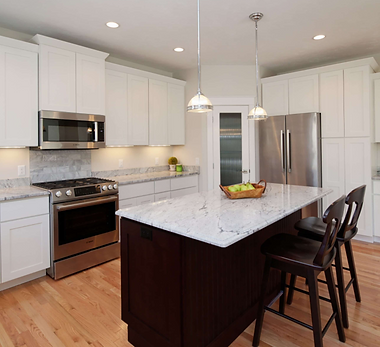 Kitchen Shaker Cabinets and Island