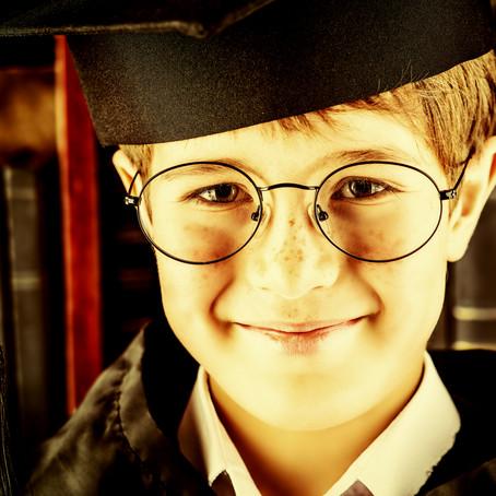 רוצים ילד עם ביטחון עצמי, אל תגידו לו שהוא חכם
