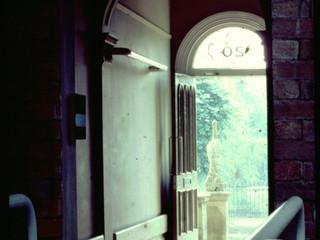 Entrance hall, 20 Billing Road