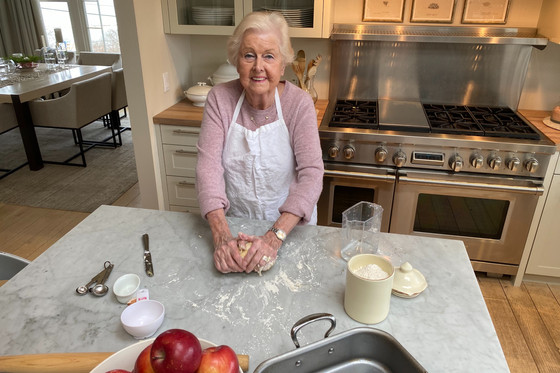 Old World Traditions and Simple Things Made from Scratch - Oma