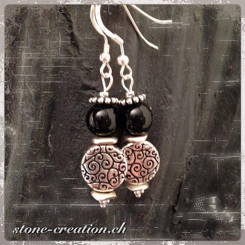 Filigraner Silber-Ohrring