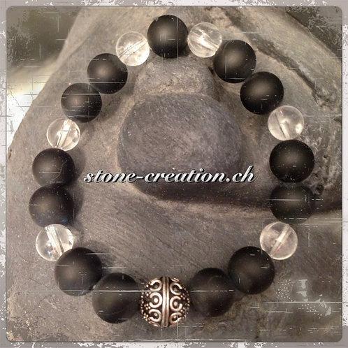 Edles Damenarmband aus Edelsteinen und Silberkugel