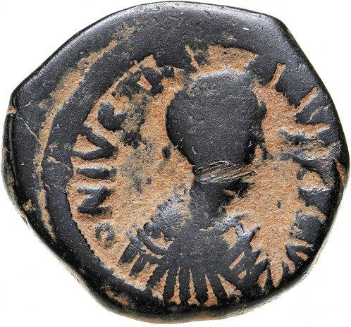 Византийская империя, Юстиниан I, 527-565 годы, 40 нуммиев (фоллис). Константино