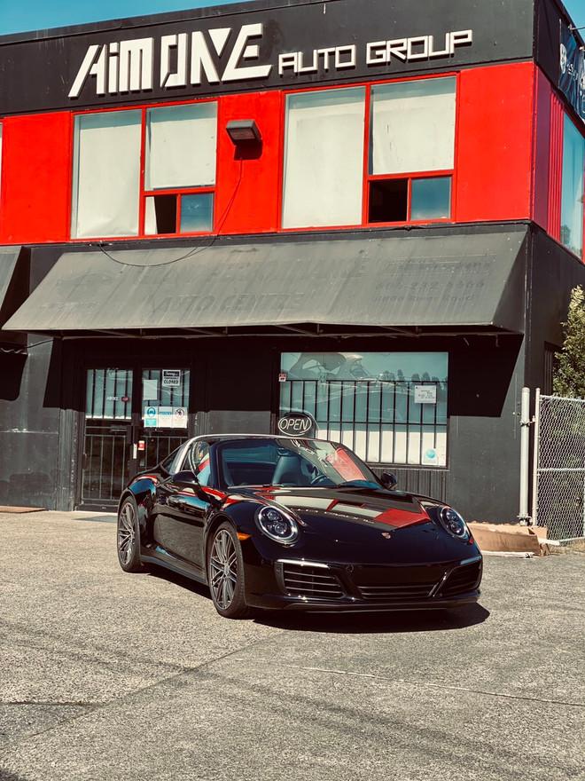 SOLD  2019 Porsche 911 Targa 4s