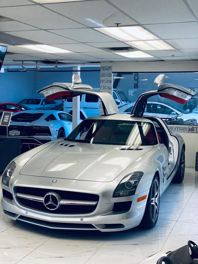 SOLD--2012 Benz SLS