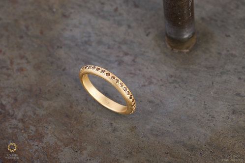 18k gold ring inlaid champagne diamonds 0.30ct