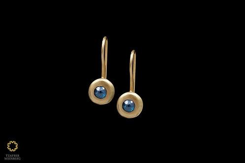 18k Yellow gold earrings withblue diamonds 0.40ct