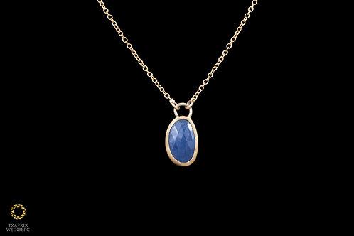 18k Yellow gold necklace with 22k gold blue sapphirestuded pendant
