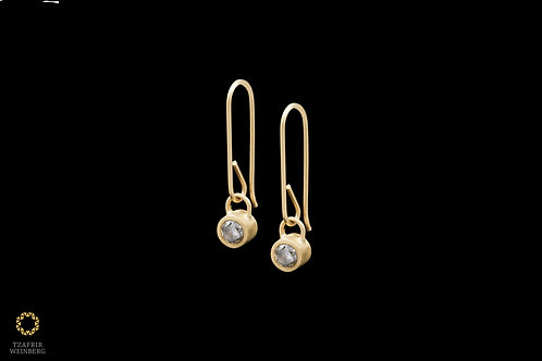 18k Gold earrings with gray 0.25ct diamonds