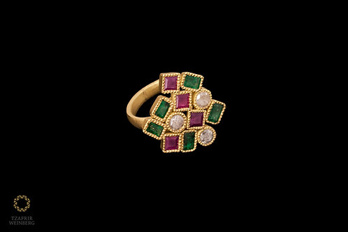 18k Gold ring with Ruby Gems Emerald and Diamond