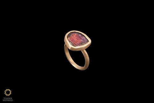 22k Gold ring with Tourmaline gemstone