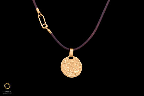 Leather necklace with 22k Yellow gold pendant and 22k Yellow gold lock