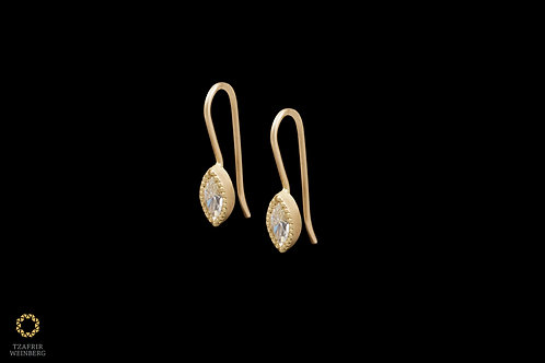 18k Gold earrings with 0.20ct Marquise Champagne Diamonds
