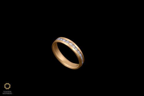 22k gold ring inlaid rose cut gray diamond