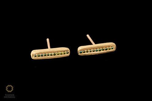 18K gold earrings with green diamonds