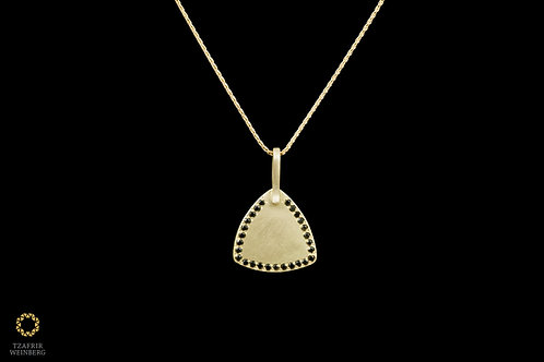 18k Yellow gold necklace with black diamonds studed pendant - Total 0.13ct