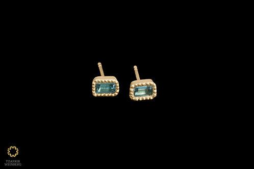 18K Gold earrings with Aquamarine gemstone