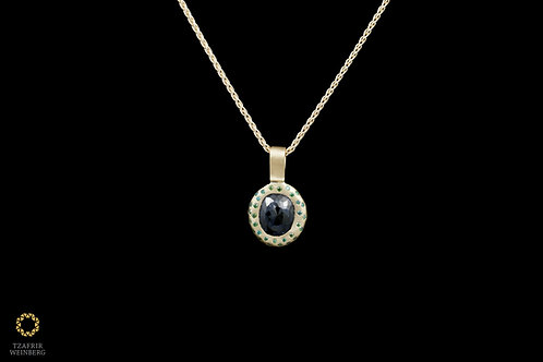 18k Yellow gold necklace with 22k goldpendant with2.11ct black central diamond