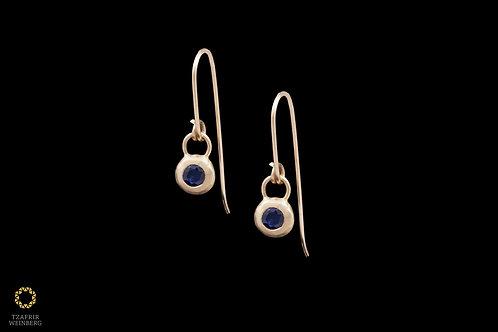 18k Yellow gold earrings withSapphire gem