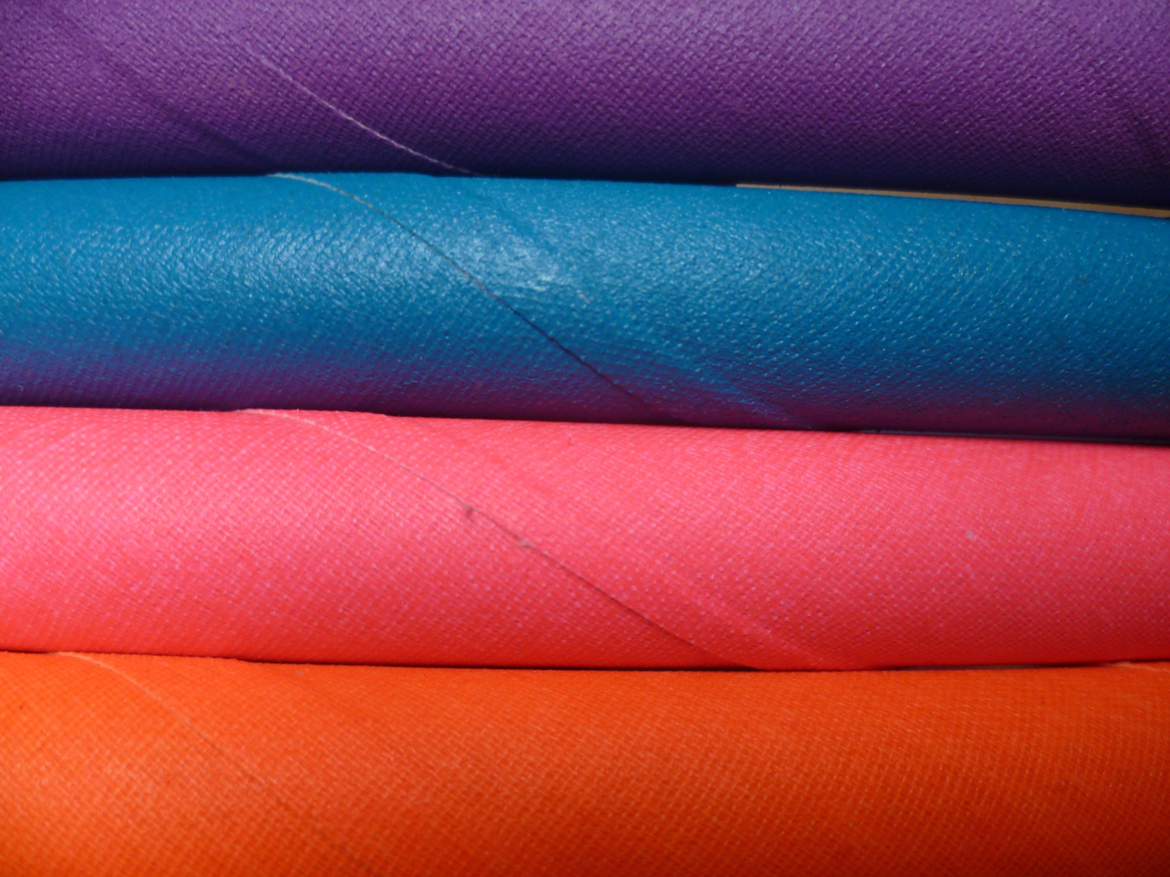 jednofarebné hulahoopy