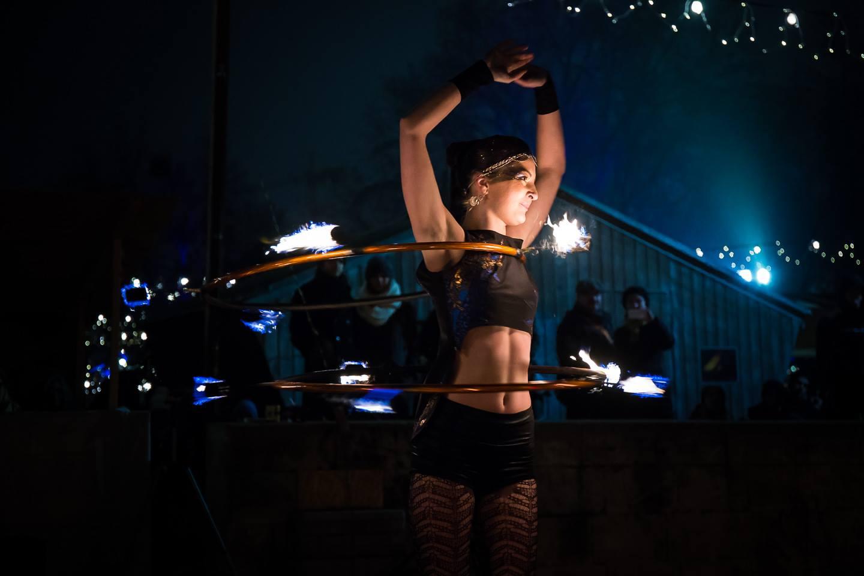 Ohňová hulahoop show