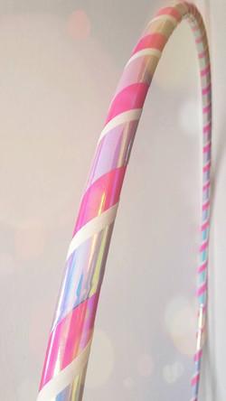 ružová lesklá, perleťová a biela