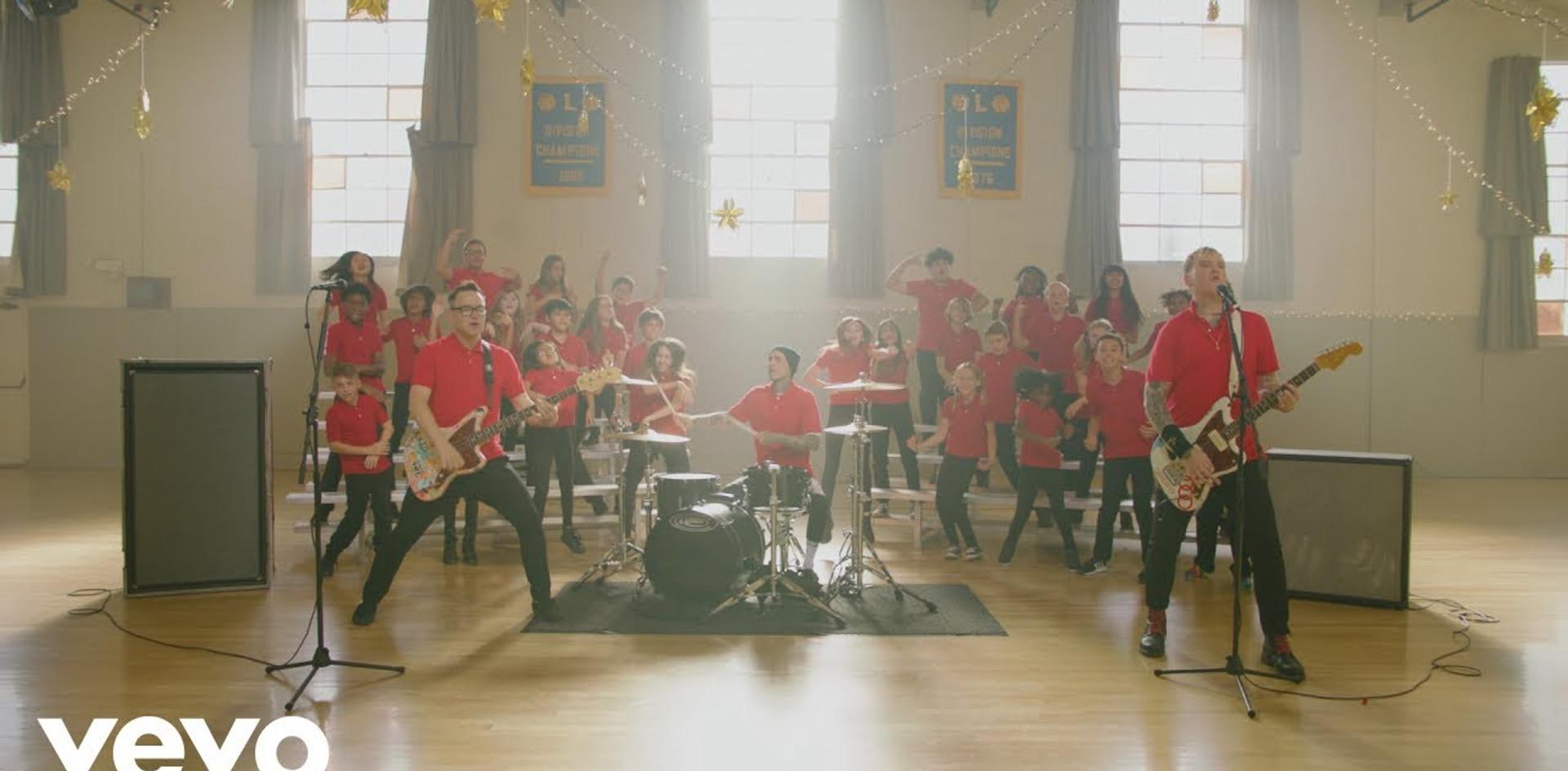 Blink-182 Darkside Official Music Video