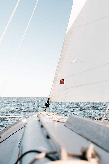 photo-of-sailboat-on-sea-during-daytime-